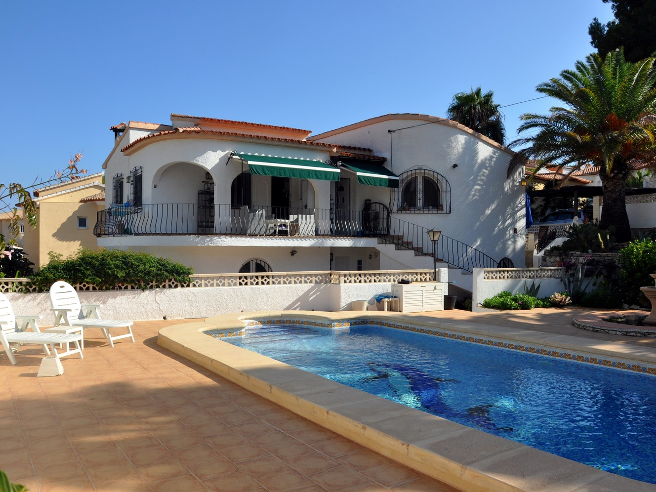 FOUR DOUBLE BEDROOM VILLA CLOSE TO THE SEA AT CAP BLANC, MORAIRA