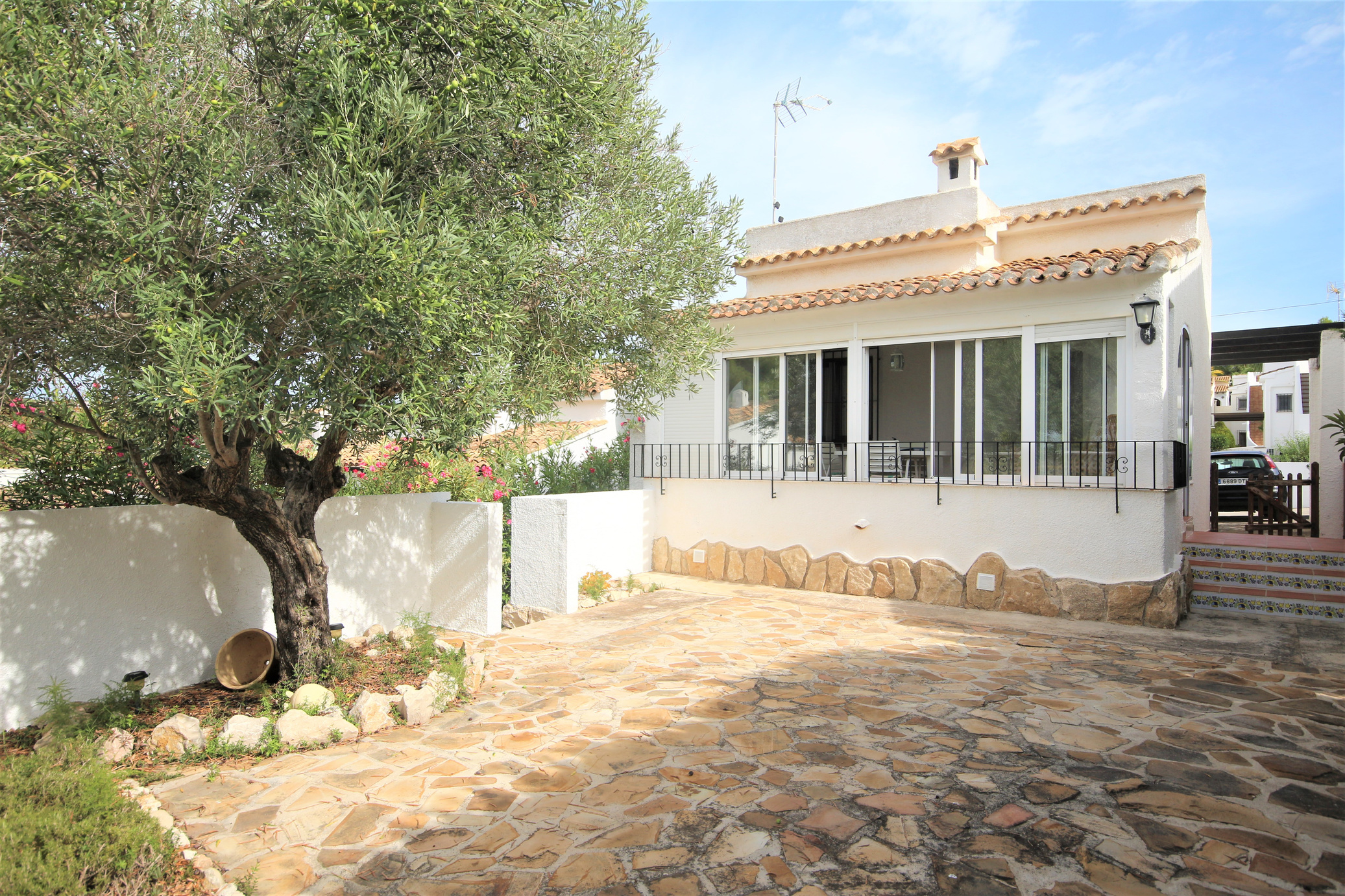 Detached two bedroom, two bathroom villa, Villotel, Moraira