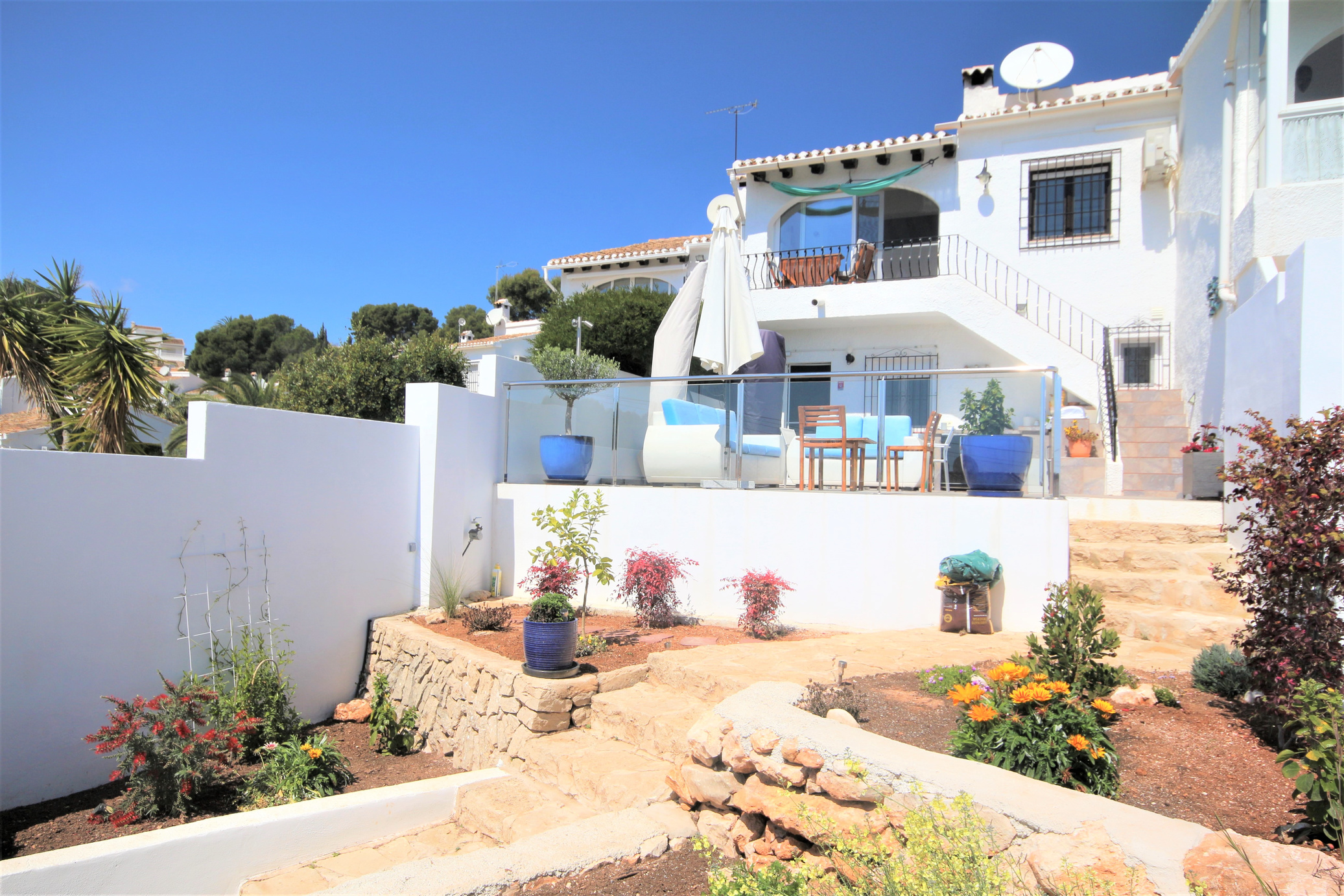 A totally renovated bungalow at the doorstep of Moraira