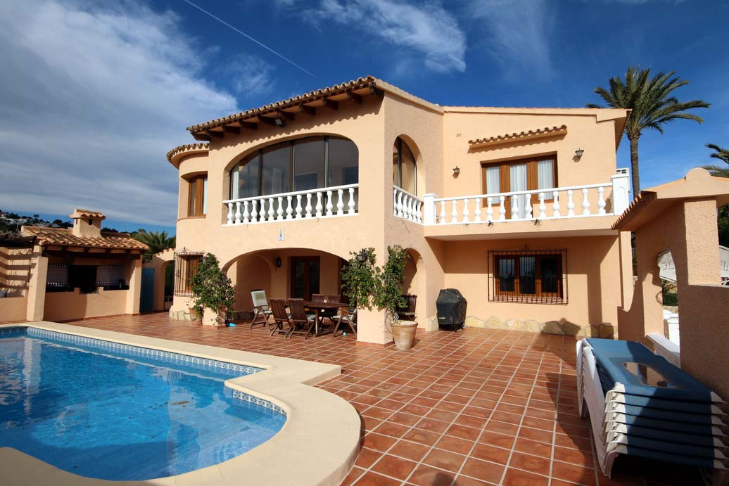 FIVE BEDROOM SEA VIEW VILLA IN LA SABATERA, MORAIRA