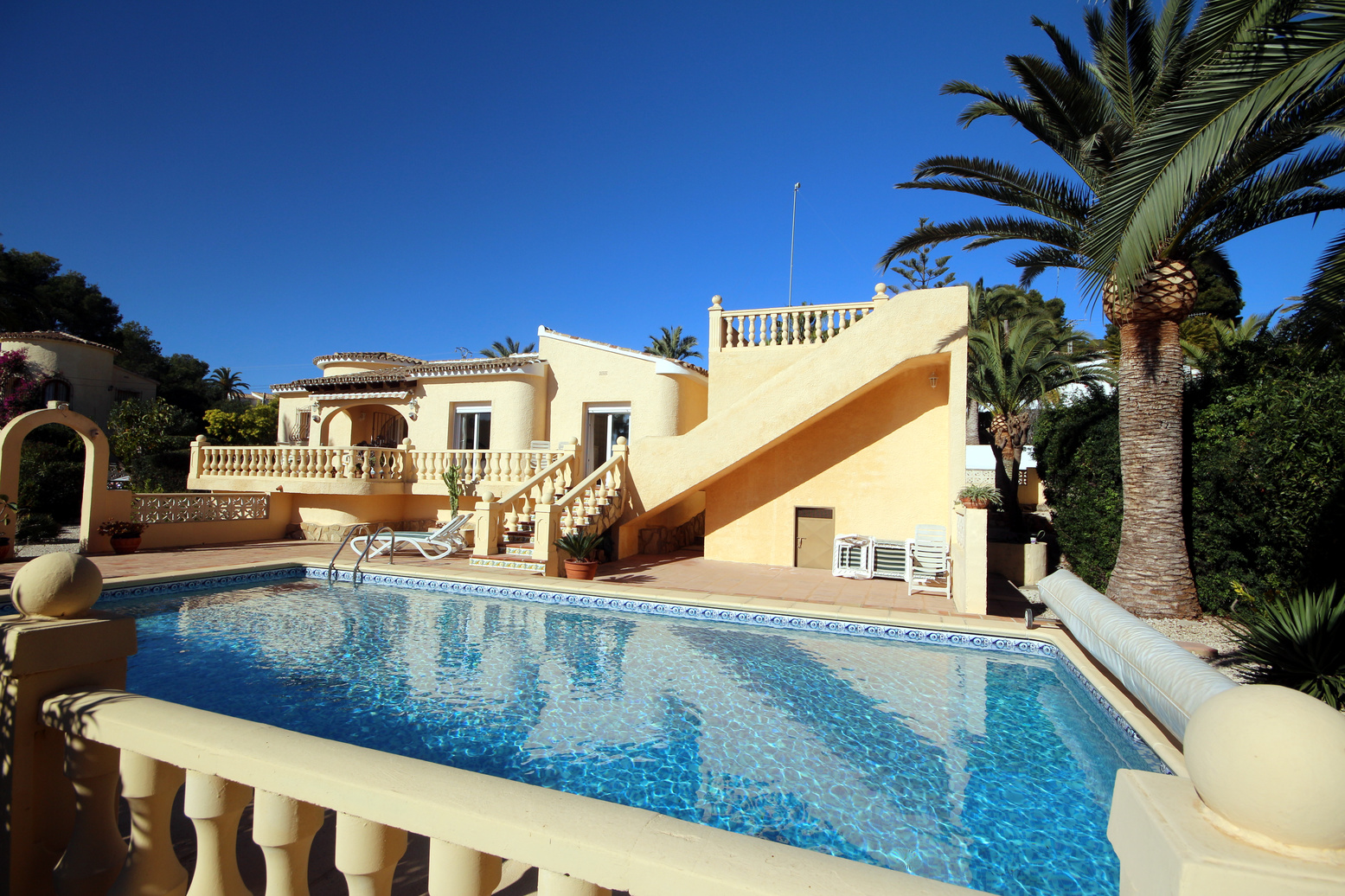 EXCELLENT SINGLE STOREY, SEA VIEW VILLA IN MORAVIT, MORAIRA