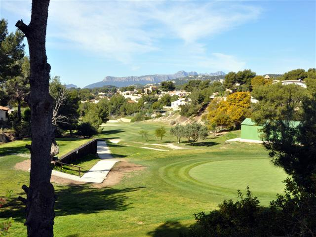 LARGE BUILDING PLOT, FRONT LINE TO SAN JAIME GOLF COURSE
