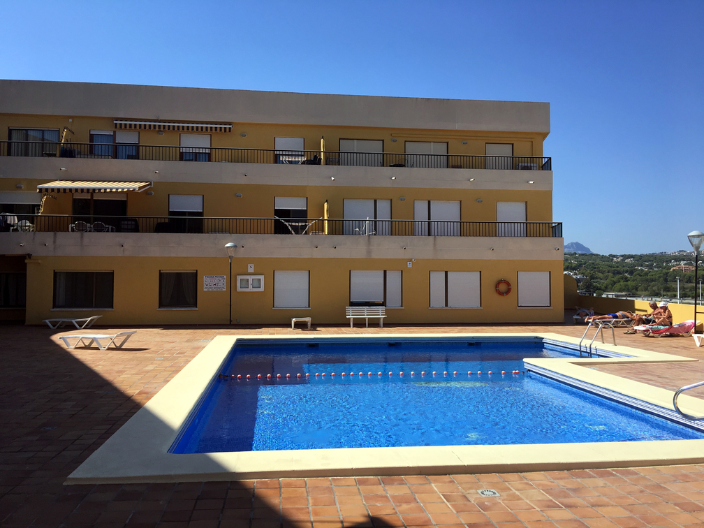 TWO BEDROOM APARTMENT IN MORAIRA VILLAGE